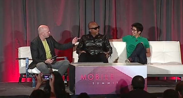 MC Hammer on moments, mobile, ads, and senior artists, and sucking hard