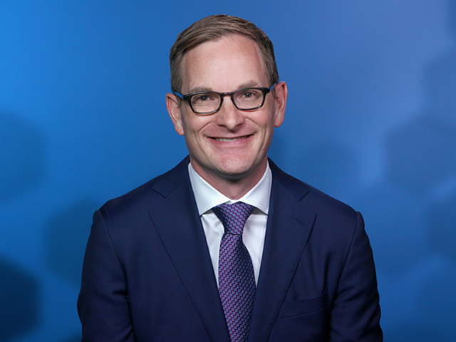 Michael Hunstad: Risky Expectations for Growth Stocks