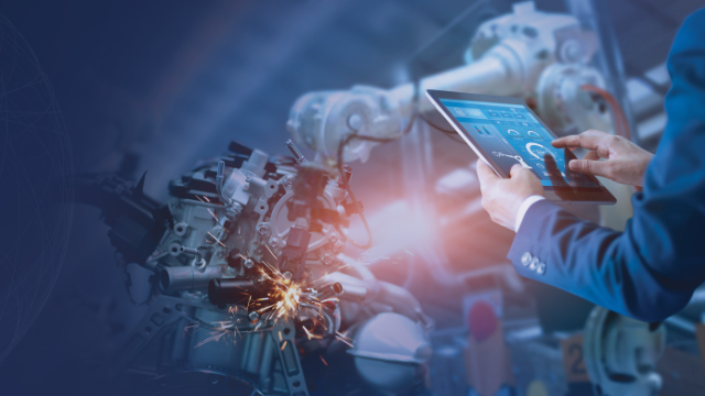 """Future of Manufacturing: """"Last Mile & Edge Computing, IoT and Data Challenges"""