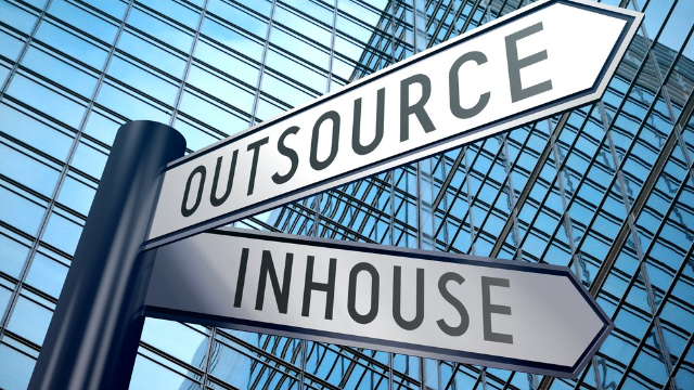 Success and failures of outsourcing your sales